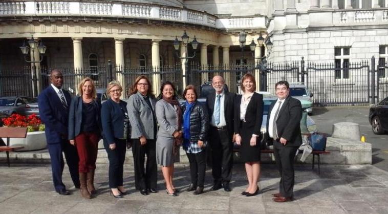 parlamento_irlandes-e1538155223146.jpg
